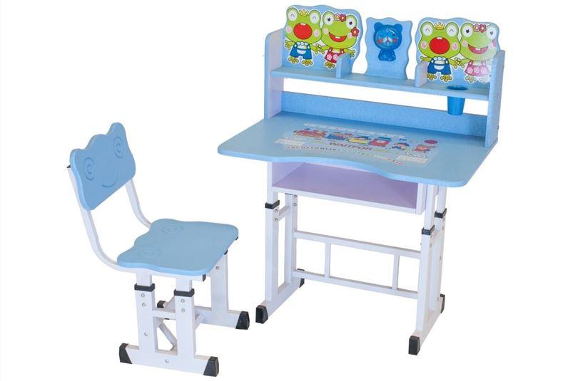 Mesa Infantil e Cadeira Azul - Facthus